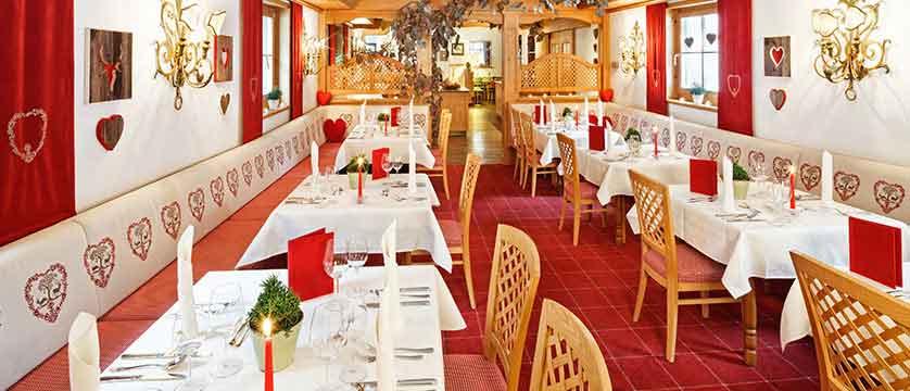 hotel-lech-dining-room.jpg